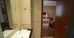 STANDARDDREIBETTZIMMER Hotel HLG CityPark Sant Just